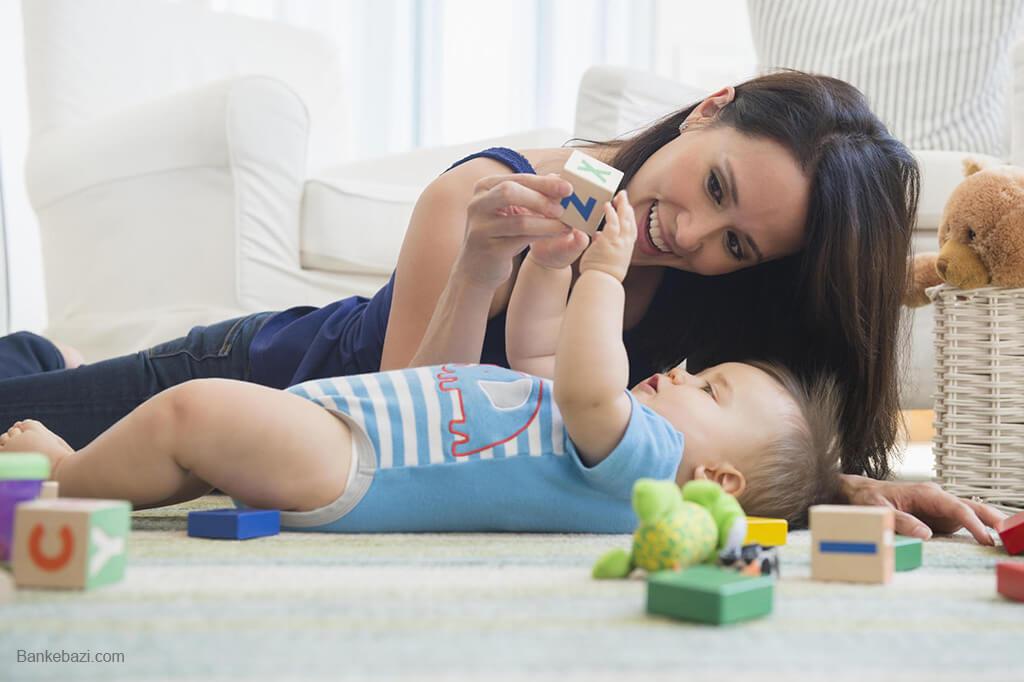 بازی با نوزاد سه تا شش ماهه
