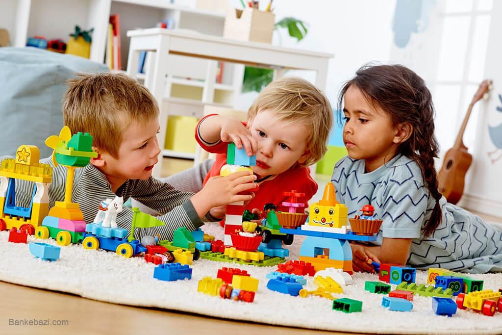 بازی با اسباب بازی های پرورش خلاقیت