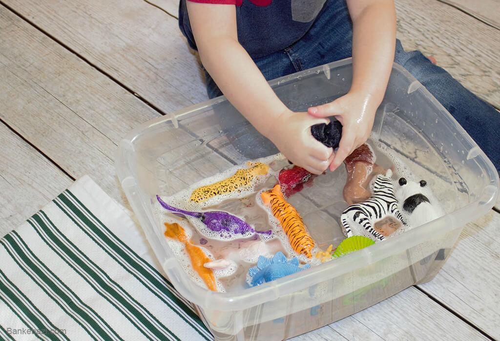 نمیز کردن اسباب بازی های پلاستیکی