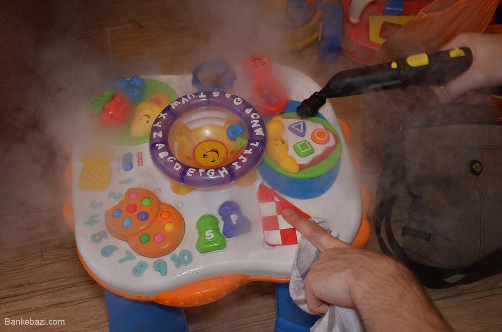نظافت اسباب بازی های الکترونیکی