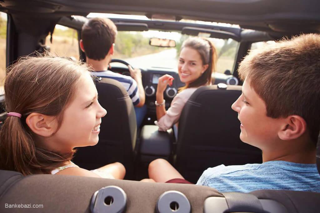 سرگرم کردن بچه ها در اتومبیل