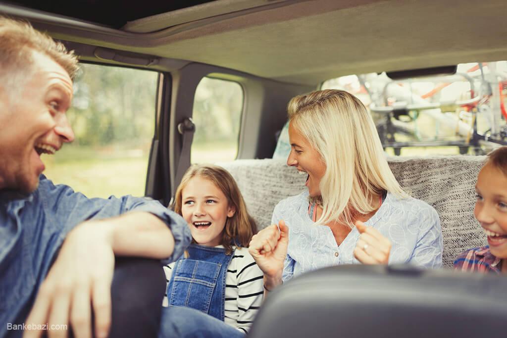 سرگرم کردن کودکان در خودرو