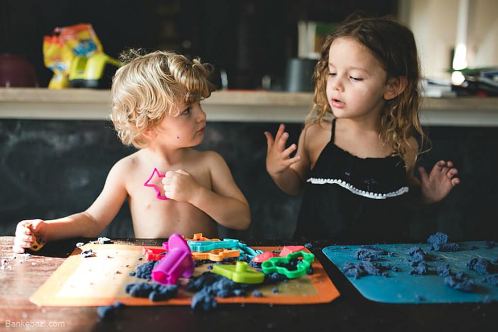 تقویت مهارت دست ورزی در کودکان با خمیر بازی